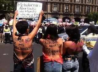 Manifestantes derecho aborto