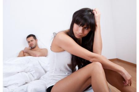 Mujer con sequedad vaginal