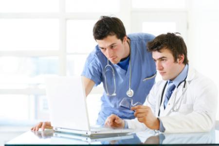 Doctores que diagnosticas el vih
